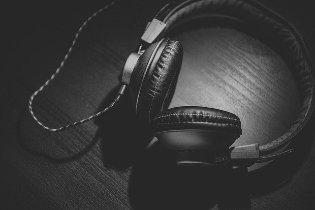 Can Passive Noise Isolation Headphones Be Used Without Music